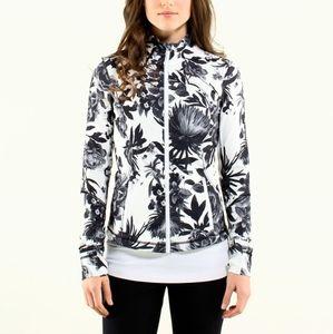 ✨NWOT Lululemon Forme Jacket II Textured Bloom✨